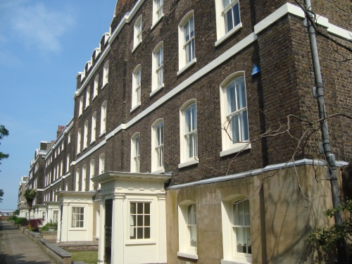Chatham officers' terrace built c1722–31. Image by J. D. Davies.